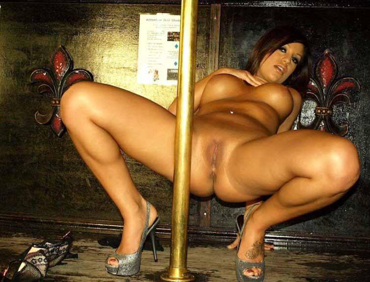 pole-dancing-strip-1