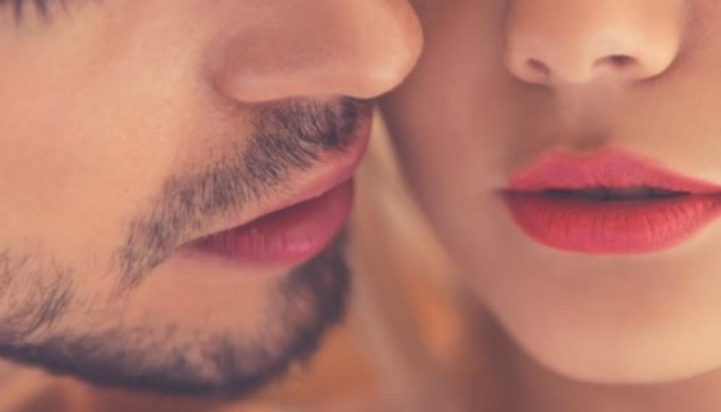 «Με είδε η κόρη μου να κάνω σεξ! Αισθάνομαι πολλές ενοχές… Τι να της πω;»